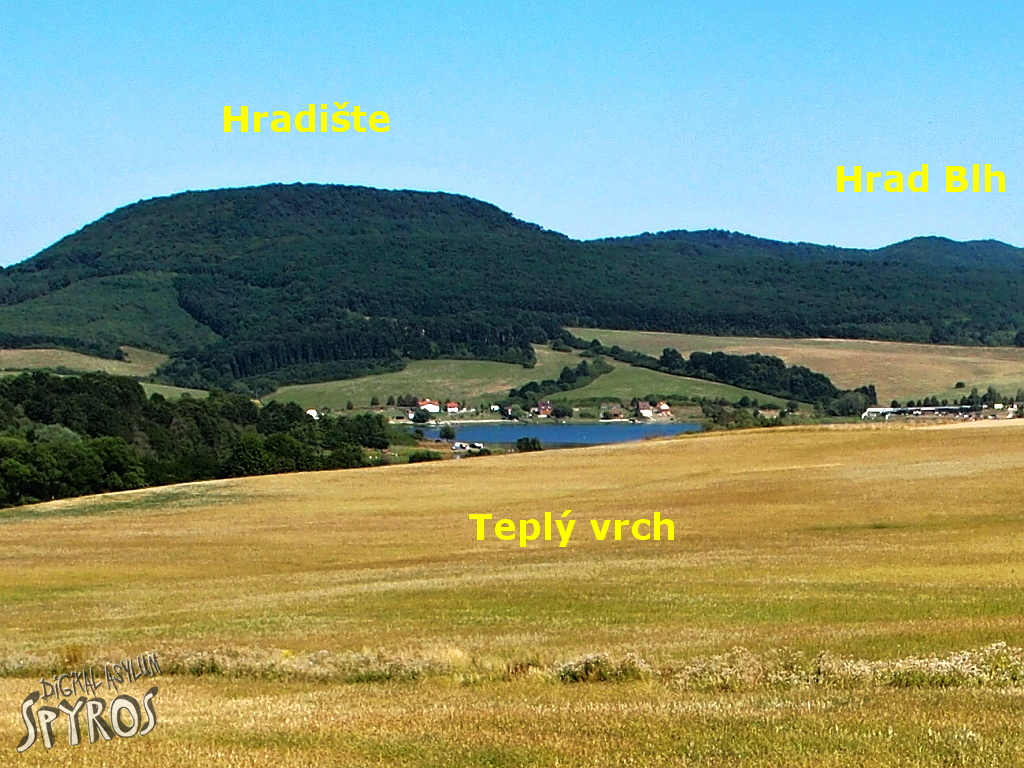 Teplý vrch a hrad Blh