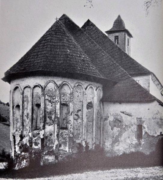 Zaniknutý kostol v Petrovciach