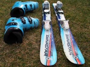 Dynastar Speed Team Ski and Lange Boots