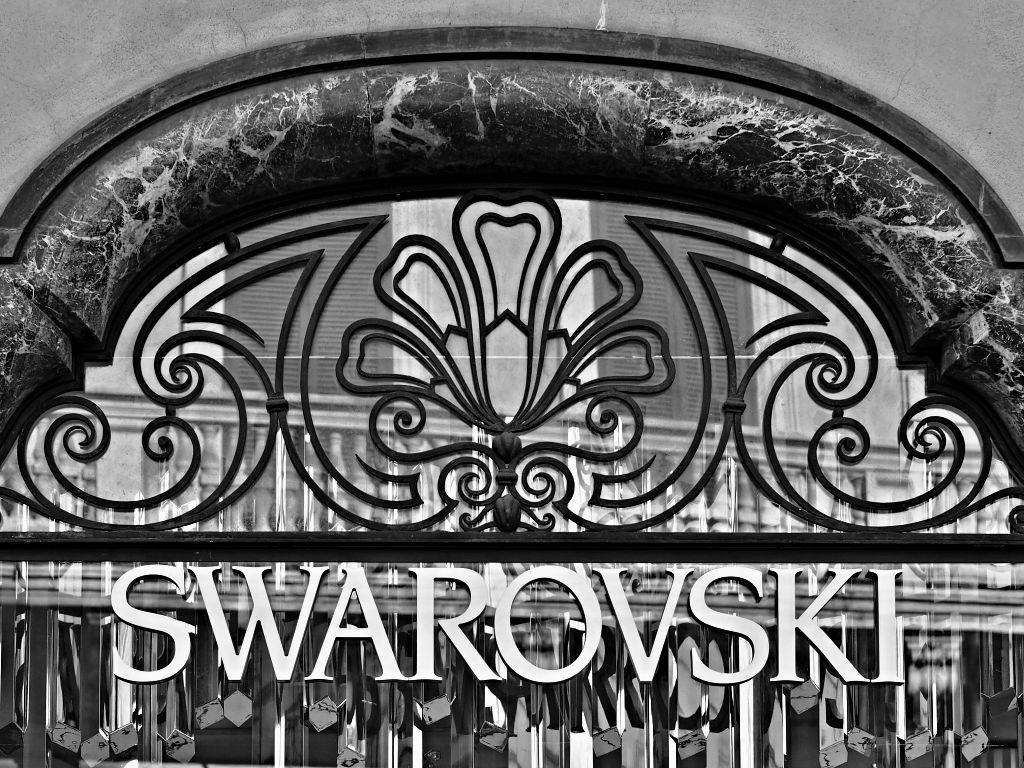 via-condotti-swarovski