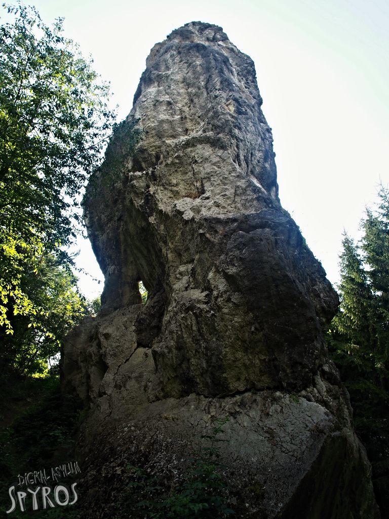 Hričovská skalná ihla - uško
