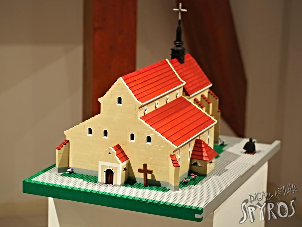 lego-nova-bana-farsky-kostol
