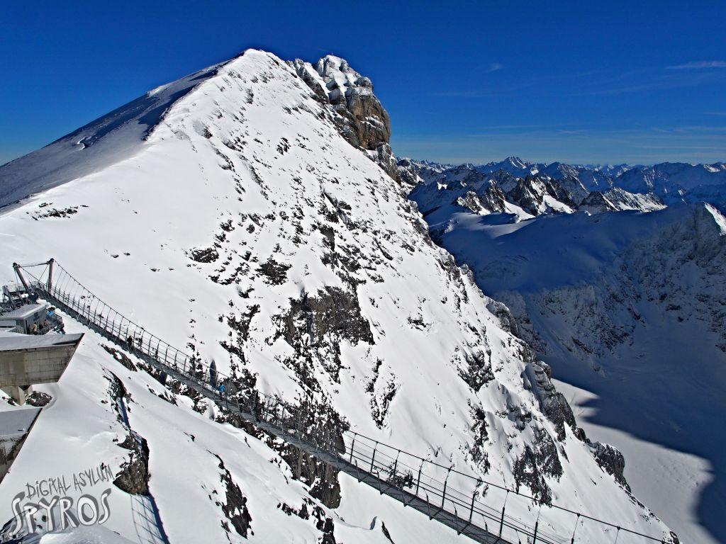 Engelberg - Titlis - Ice Cliff Walk