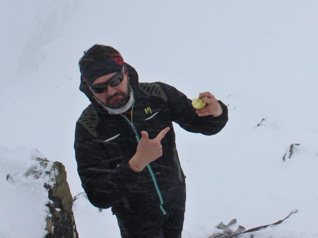 Slavkovské sedlo s jablkom